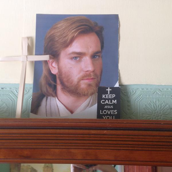 Obi-Wan-Kenobi-Is-The-New-Face-Of-Jesus-PHOTO